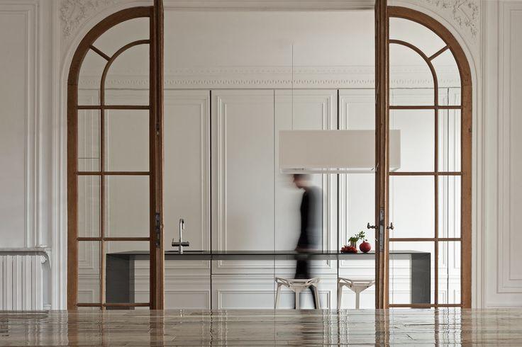#puerta #madera #acristalada #interiorismo #arco