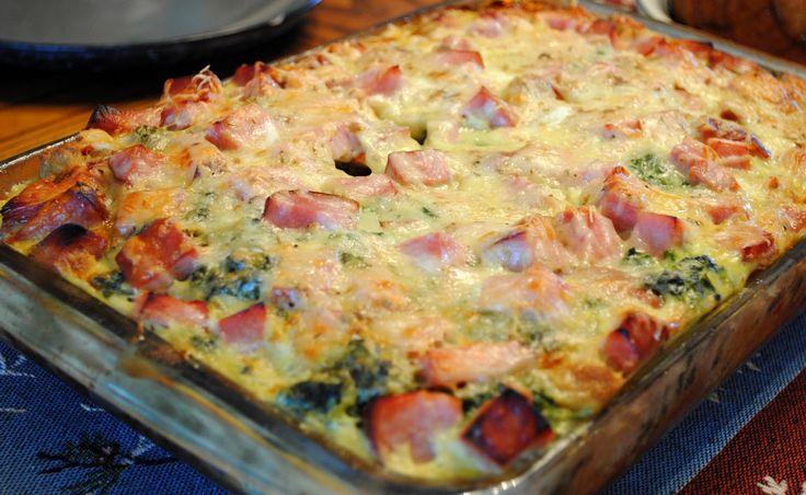 Sonkás rakott finomság – mennyei vacsi villámgyorsan a sütőből! Laktató sajtos mámor…