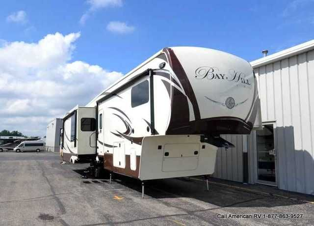 "2016 New Evergreen Rv Bay Hill 340RK Fifth Wheel in Michigan MI.Recreational Vehicle, rv, 2016 EverGreen RV Bay Hill 340RK, Bay Hill 5th Wheels were created for the discerning RV owners who enjoys style, luxury, and innovative design, Bay Hill fifth-wheels meet and exceed all of the expectations for design and quality in its class. Fifth-wheel owners asked for a well-built and attractive RV with attention to detail and ""industry-first"" touches. EverGreen delivered. Anyone seeking a spacious…"