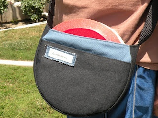 Disc Golf bag... make a variation of this or an insert for Nolan's backpack for Father's day.