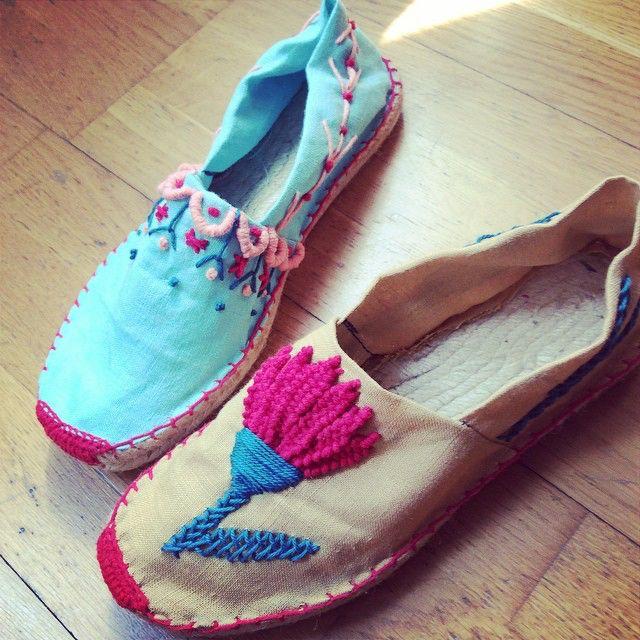 Las últimas alpargatas del verano #alpargatas #bordado #lanusa #embroidery #espadriles #handmade