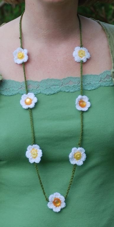 Daisy chain. Would be an essential part for a Thumbelina Halloween costume