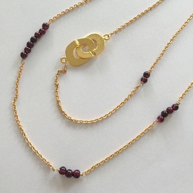 Chain gold plated brass & Garnet