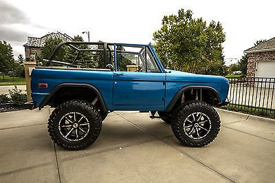 "1972 Ford Bronco Restored V8 Lifted 37"" Tires 