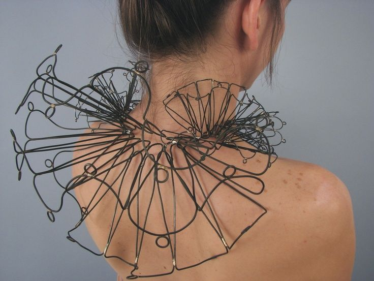 Sculptural Neckpiece | Berenice Ramírez #art #jewellery Steel, fabricated