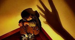 A Pesar De Querella En Su Contra Madrastra Que Desgarró Espalda De Un Menor Sigue En Libertad
