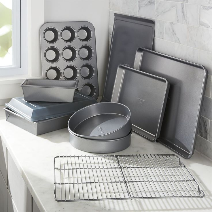 Calphalon ® 10-Piece Nonstick Bakeware Set - Crate and Barrel