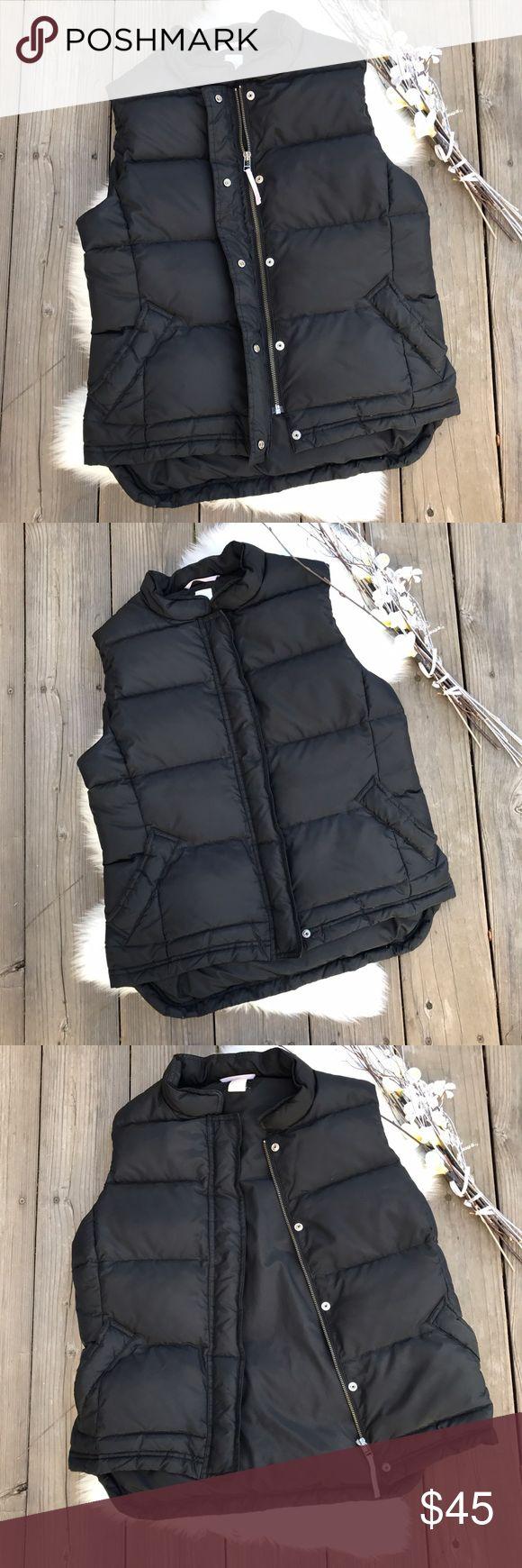 J Crew Puffer Vest! J Crew Puffer Vest! J. Crew Jackets & Coats Vests