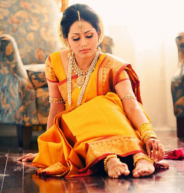 INDIAN BRIDES -  The only country which believes that marriages are made in heaven and binds up two hearts as one. Marriage is the unforgettable and happiest moment in everyone life and they celebrates that day by sharing their happiness with friends and relatives. In Indian marriages the most beautiful things are the brides they look great in bridal costumes and accessories whatever they wear especially the gold jewelry.