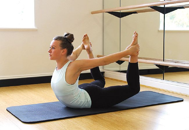 10-minute flexibility workout - 6 of the best stretches to improve blood flow and posture;