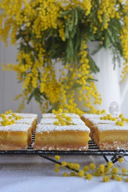 Hola a todos! Os podrá parecer sorprendente, pero esta receta la hice por culpa de las mimosas que podéis ver en todas las fotografía...