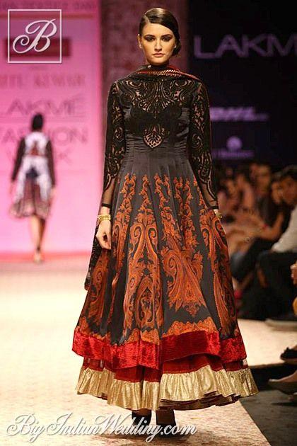 Ritu Kumar designer ethnic wear