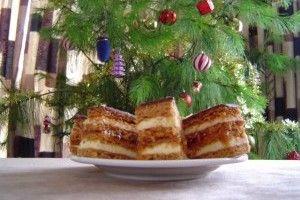 Prajitura albina (cu miere si gem) - Culinar.ro