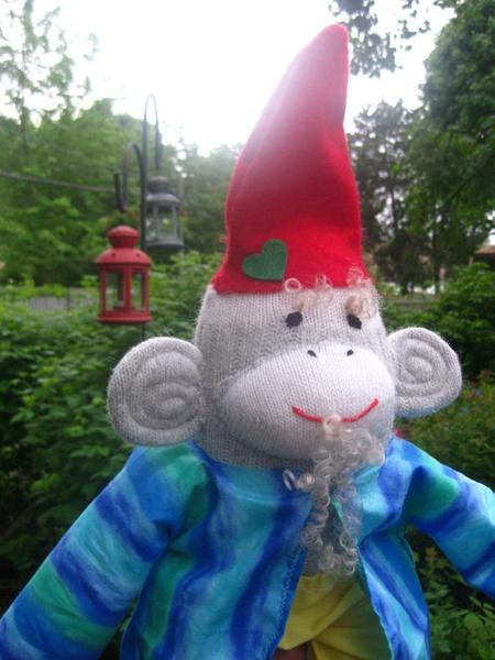 17 Best Images About Gnomes On Pinterest Garden Gnomes Gnome Costume And Travel