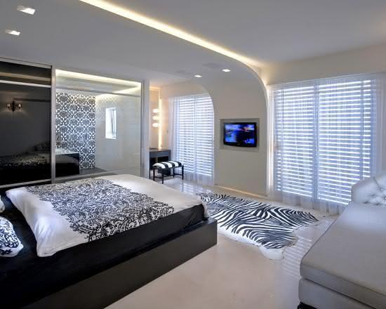Ideal Wenn Sie mehr Licht in einem Zimmer oder ein attraktives Akzent f r die Deckengestaltung brauchen dann berlegen Sie indirekte LED Deckenbeleuchtung in die