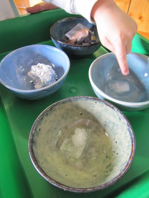 Ice melting experiment - normal, with salt, with aluminum foil, with newspaper