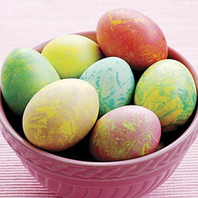 How to Marble Easter Eggs