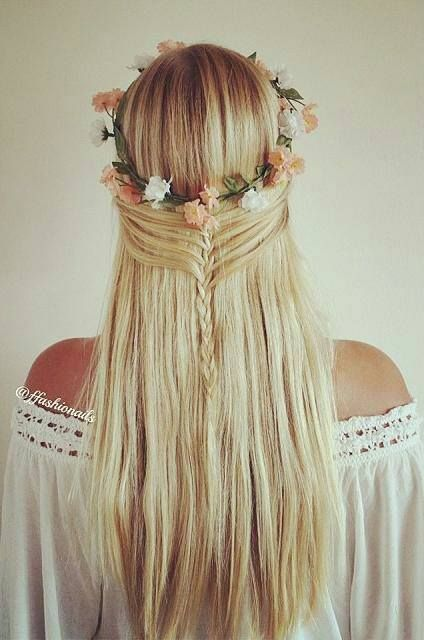 Coroa de flores + trança grega