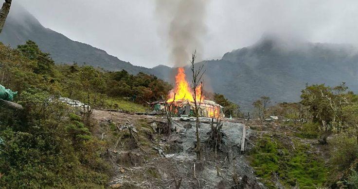 Los hombres de la Policía Metropolitana tuvieron que entrenarse durante dos meses para soportar el frío y la altitud en la que fue oculta la mayor mina ilegal que se haya visto en la historia de la región.