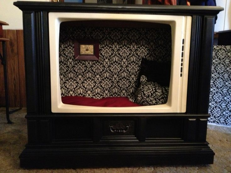 My second tv console made into a dog bed! | Crafty Ideas ...
