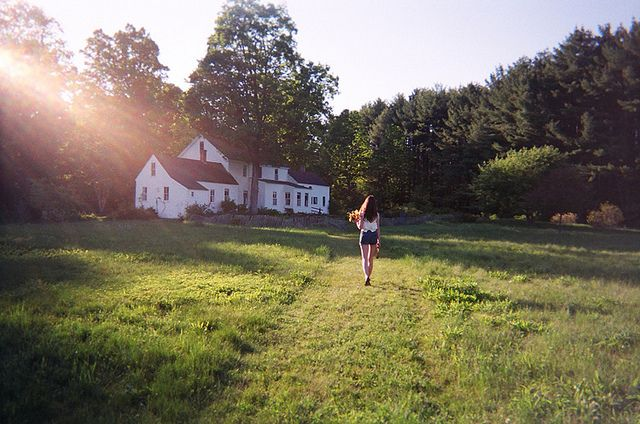 A white house in the country - photo by Amy Merrick, via Flickr