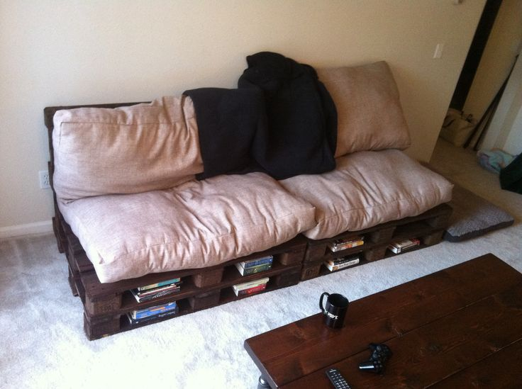 Home made pallet couch and cushions. | Reclaimed Wood ...