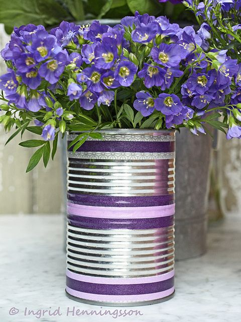 washi tape tin can vase  http://wishywashi.com. Good mothers day activity for kids at school