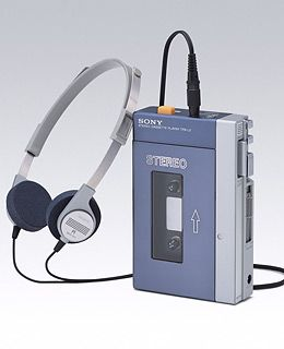 Taking it back to the oldskool.... Shout out to the Walkman born on this day in 1979. I had one!