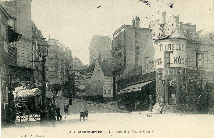 angle rue Marcadet: Tourelle datant du XVème siècle la plus ancienne bâtisse de Montmartre (demeure des Ligier)