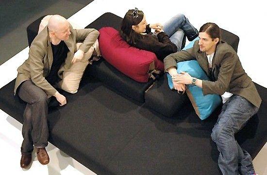 Bibik Loft - sofa prototypowa. Premiera na Międzynarodowych Targach Meblowych w Poznaniu. 2006 r.