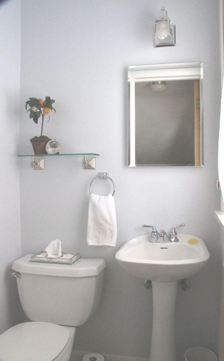 best 25 half bathroom wallpaper ideas on pinterest powder room best 25 half bathroom wallpaper ideas on pinterest powder room bathroom wallpaper and wall paper bathroom