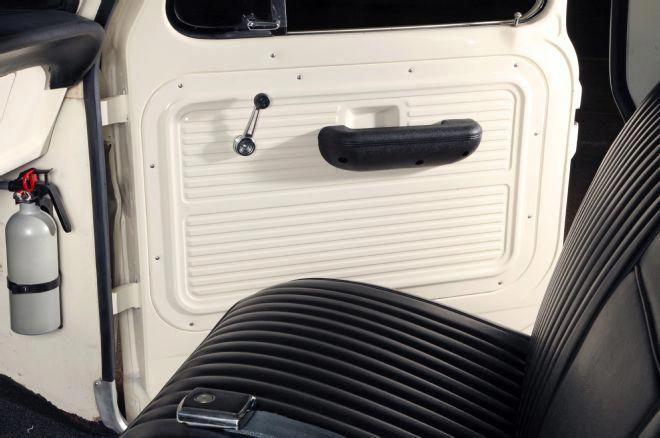 1968 Ford F100 Interior Door Panel Howinteriordesign Cx5interior Interior Design Website Truck Interior Discount Interior Doors