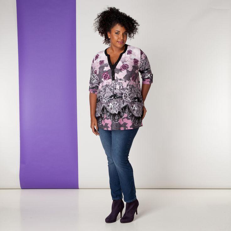 Deze leuke denim broek is een must have voor elke garderobe. Hij past prima bij de tops, blouses en tunieken uit de x-two collectie. De broek heeft ee... Bekijk op http://www.grotematenwebshop.nl/product/broek-van-x-two-voor-vrouwen-met-grote-maten-13/
