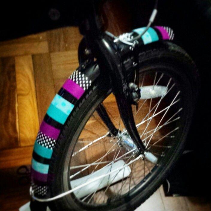 Customizing a folding eletric bike with washi tape