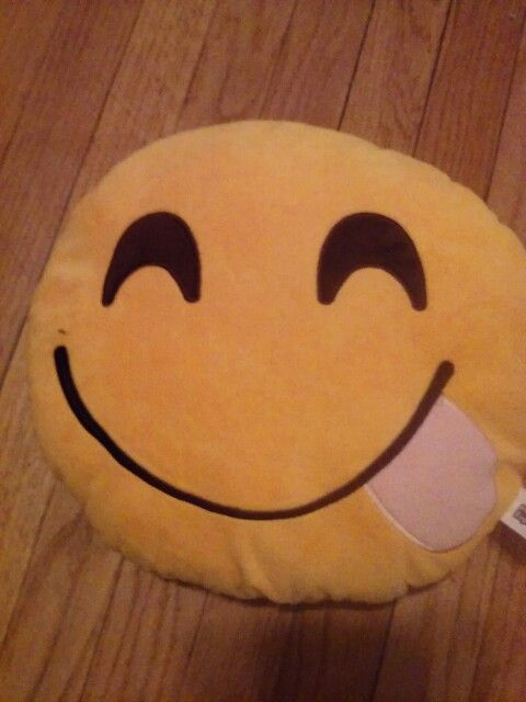 17 Best Images About Emoji Pillows On Pinterest Cute