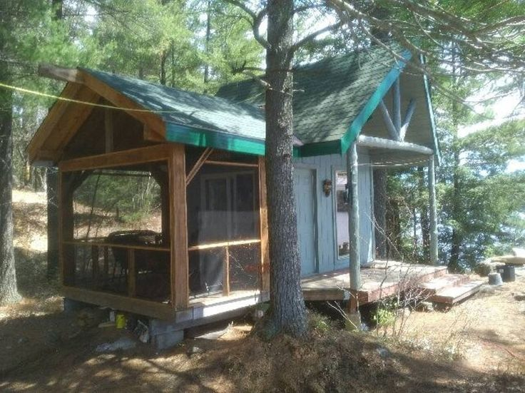 Entire home/apt in Bracebridge, CA. Small water access cabin on a Muskoka lake for great swimming, sunsets and views.  Perfect for those looking for an a affordable, natural getaway on a quiet beautiful lake.