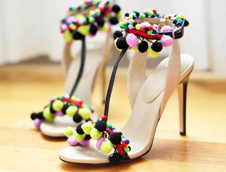 Do You Like Pom Pom Sandals? - World of the Woman