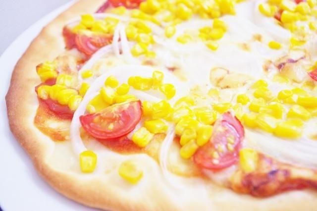 発酵なしで本格手作りピザが焼ける!薄力粉を使ったサクサク生地の作り方レシピ - コラムLatte