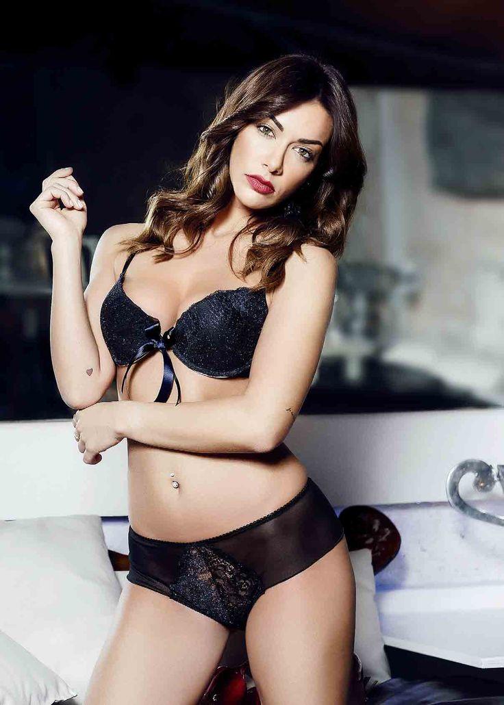 Anteprima collezione autunno inverno #SnellyIntimo. New testimonial #MelitaToniolo #lingerie #intimo #fashion