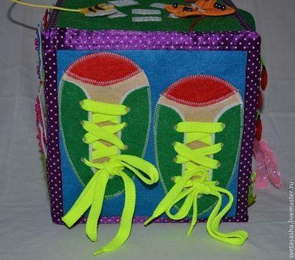 Educatief speelgoed handgemaakt.  Ontwikkelen kubus.  Svetlana.  Shop Online Fair Masters.  Speelgoed, vilt, kralen
