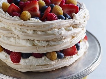 summer-berry-vacherin-with-creme-fraiche | Love - Meringue | Pinterest
