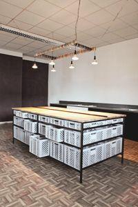 The Minimalist x 45 Kilos / Kitchen Design