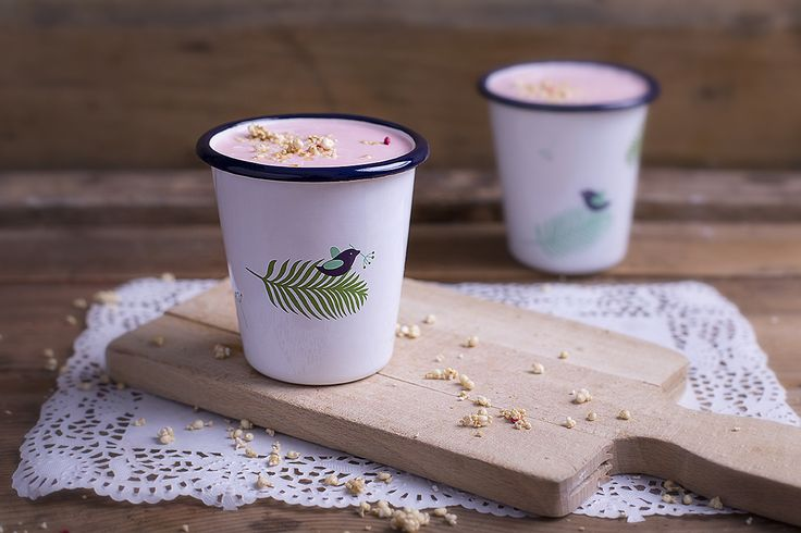 Our smaller sized and shaped enamel tumbler perfect for home and garden.
