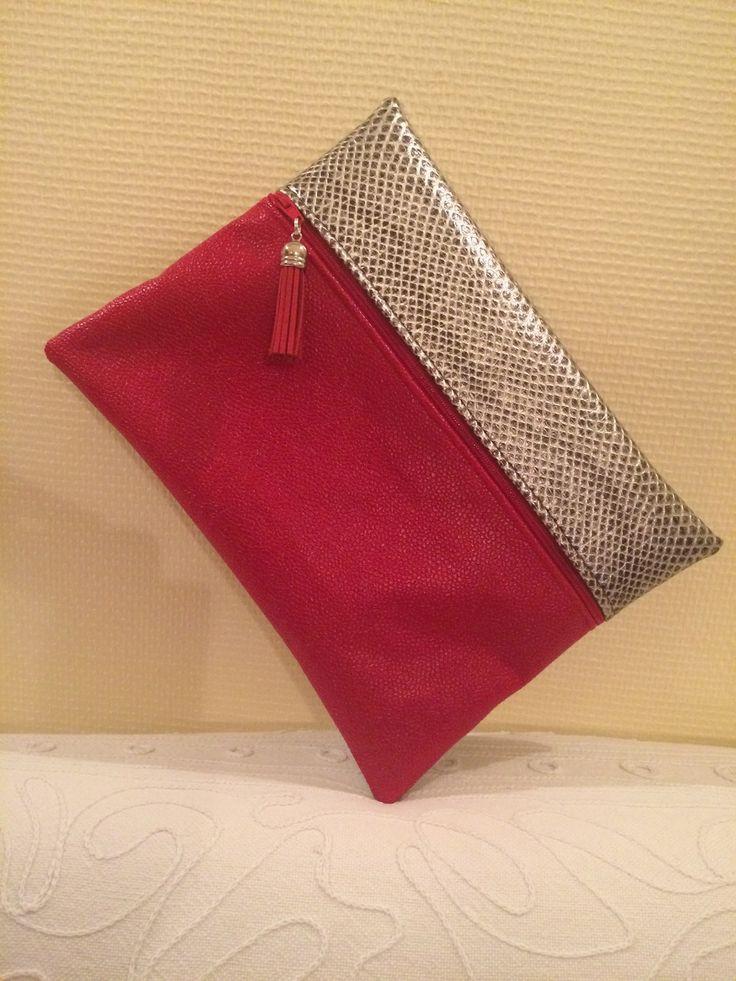 les 25 meilleures id es concernant pochette rouge sur pinterest sac main d 39 embrayage sacs. Black Bedroom Furniture Sets. Home Design Ideas