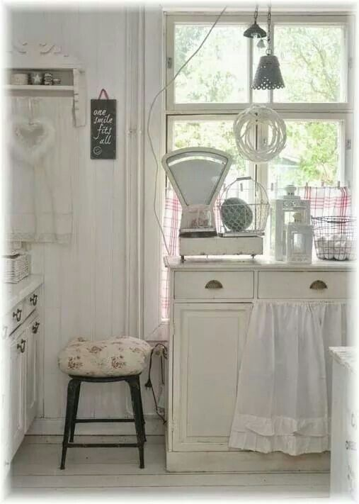 Brocante Keuken Ideeen : over Brocante Keuken op Pinterest – Brocante Keukenkasten, Brocante