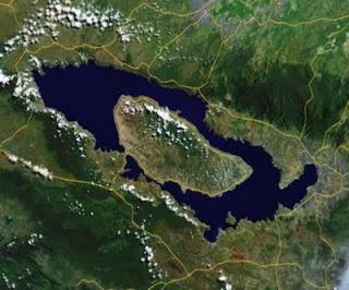 Lake Toba (Indonesian: Danau Toba)