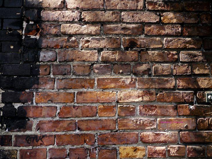 gastown_brick_wall.jpg 2,048×1,536 pixels