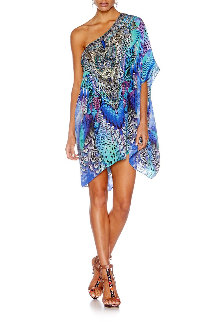 Our short round neck kaftan is a classic silhouette you\
