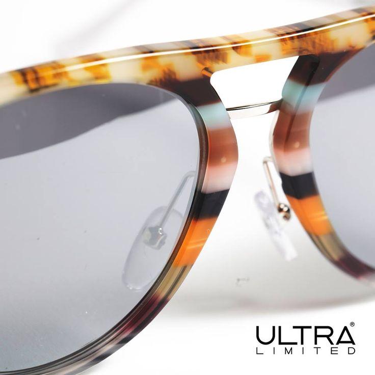 Attraverso l'assemblaggio di 12 tonalità ogni occhiale è l'espressione massima di colore, dal tono su tono alla esagerazione dei contrasti. #ultralimited #fashioneyewear
