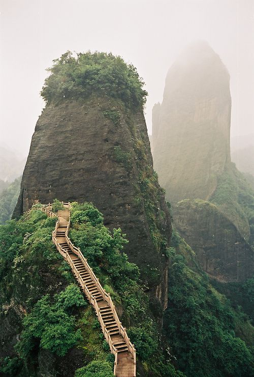 Luotuofeng peak, Sichuan | China (by考乐 B)